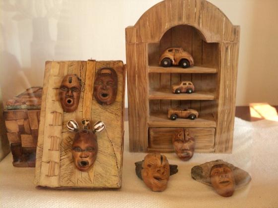 Cacto, Casa del artista: Esculturas hechas en hueso de aguacate