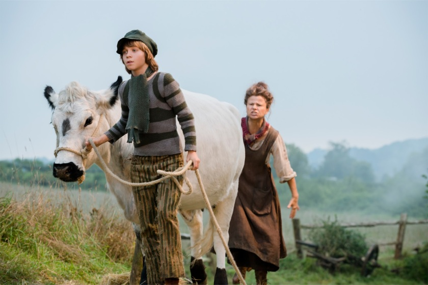 Into_the_Woods-Daniel_Huttlestone-Tracy_Ullman