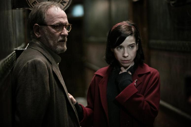 The_Shape_of_Water_Richard_Jenkins_and_Sally_Hawkins
